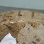 <b>Ořechový celozrnný chléb pro Michala Davida</b>