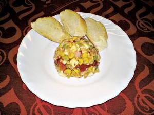 Feferonkový salát se šunkou