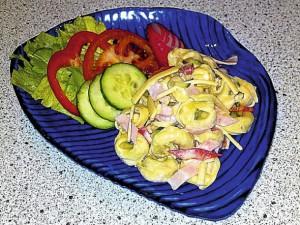 Tortellinový salát