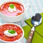 <b>Polévka z červené čočky a rajčat</b>