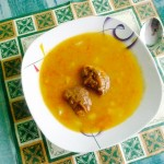 <b>Mrkvová polévka s morkovými knedlíčky</b>