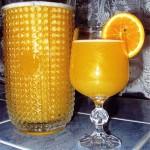 <b>Domácí pomerančový džus</b>