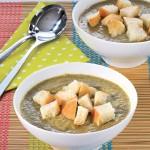 <b>Brokolicová polévka s řapíkatým celerem</b>