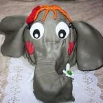 <b>Šlehačkový slon</b>